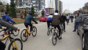 Öğrenciler çevre için pedal çevirdi - Bursa Haberleri
