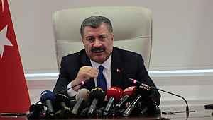 Sağlık Bakanı Koca, koronavirüs ölümlerindeki ortak noktaya dikkat çekip bir kez daha uyardı