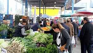 Semt pazarlarında sadece temel gıda ve temizlik maddeleri satılabilecek