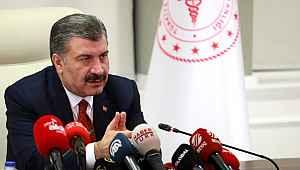 Bakan Koca Koronavirüs salgınında Türkiye'de ilk ölüm gerçekleşti ve yeni vaka sayısını açıkladı