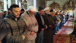 Sultanahmet Camii'nde 'İblib şehitleri' için gıyabi cenaze namazı kılındı