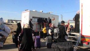 Suriyeliler, üç ayları yakınlarıyla geçirmek için ülkelerine gidiyor