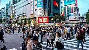 Tokyo'da bir günde rekor sayıda koronavirüs vakası tespit edildi