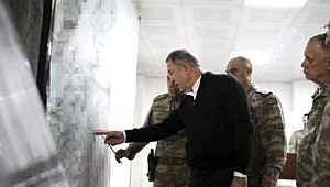 Türkiye'nin Esed'e verdiği süre doldu... Akar ve komutanlar sınıra gitti