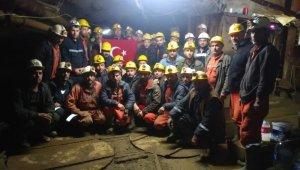 Üç aydır maaşlarını alamayan işçiler maden ocağından çıkmıyorlar