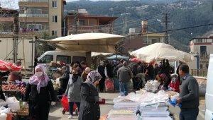 Uyarıları dikkate almayan yaşlılar pazarlara akın etti