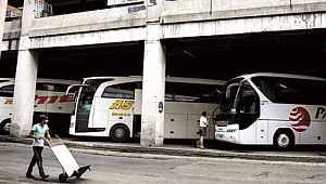 Vali saat verdi... Otobüsle İstanbul dışına çıkışlar durduruluyor