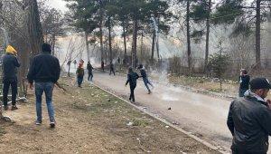 Yunanistan'dan mültecilere sert müdahale