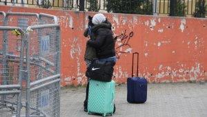 Yurtlarda kalan vatandaşlar tahliye ediliyor