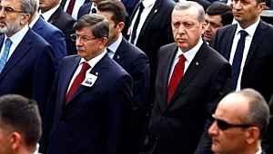 Ahmet Davutoğlu'ndan Erdoğan'a ihanet etti eleştirilerine yanıt: 'En zayıf zamanında yanında olmazdım'