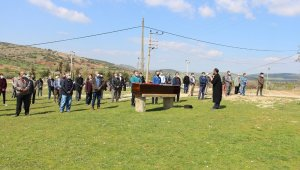 Atina'da öldürülen tır şoförü memleketi Manisa'da toprağa verildi