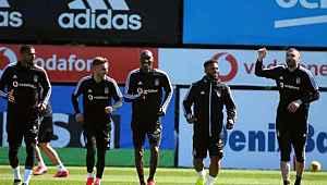 Boateng ve Lens, Türkiye'den ayrıldı