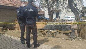 Bursa'da koyunlarını kırparken canından oldu - Bursa Haberleri