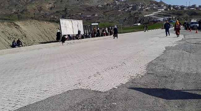 Diyarbakır'da teröristler sivillere saldırdı: 5 şehit