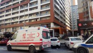 Esenyurt'ta iki grup arasında 'laf atma' kavgası: 2 yaralı