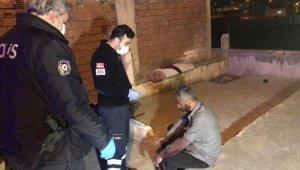Evde alkol aldıkları arkadaşlarını bıçaklayıp kaçtılar - Bursa Haberleri