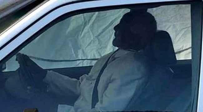 Güney Afrikalı lider, tutkunu olduğu Mercedes arabasıyla gömüldü
