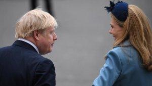 """İngiltere Başbakanı Johnson'ın hamile nişanlısı: """"Endişe verici"""""""