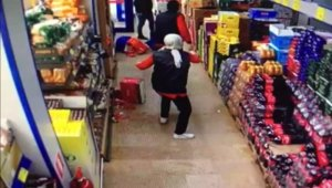 İstanbul'da markette maske kavgası