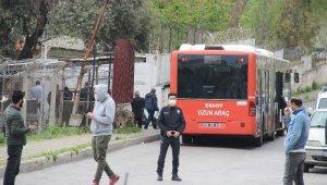 Kanun yürürlüğe girdi; İzmir'de cezaevlerinden tahliyeler başladı