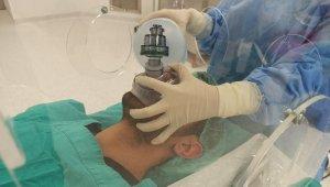 Korona virüsle mücadelede entübasyon kabinleri kullanılmaya başlandı - Bursa Haberleri