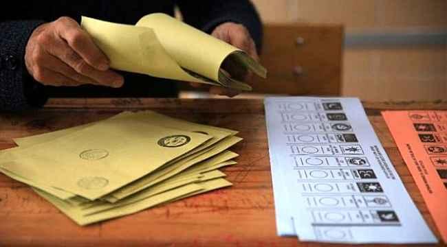 Mart ayı anketinde dikkat çeken sonuçlar: İki parti barajı geçiyor