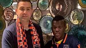 Medipol Başakşehir, Bangoura ile 2 yıllık sözleşme imzaladı