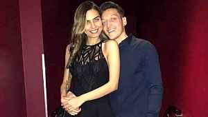 Mesut Özil, 80 milyon TL'lik evini doğum yapan eşinin üzerine yaptırdı