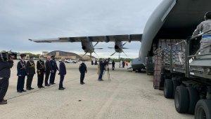 """MSB: """"ABD'ye tıbbi malzeme taşıyan uçak Andrews Hava Üssü'ne ulaştı"""""""