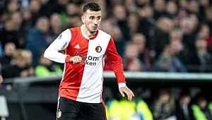 Oğuzhan Özyakup, Feyenoord'da kalmak istiyor