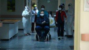 Önce korona virüsü yendi sonra kalp krizini