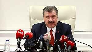 Sağlık Bakanı Fahrettin Koca'dan endişe verici açıklama: Artık genç hastalarımızı da kaybediyoruz