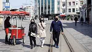Salgında Türkiye'nin genç nüfusa sahip olması bir avantaj mı?