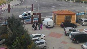Sokağa çıkma kısıtlamasına uymayınca ceza aldılar