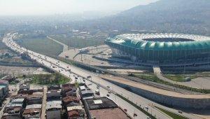 Sokağa çıkma yasağı bitti trafik başladı - Bursa Haberleri