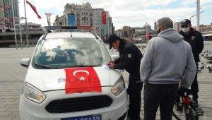 Spor yapmak için bisikletle Taksim'e geldi, ceza yedi