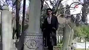 Tarihi mezarlıkta skandal klip