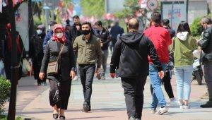 Termometrelerin 20 dereceyi gösterdi, vatandaşlar sokaklara akın etti