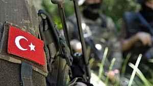 Teröristlerden üs bölgesine taciz ateşi... 1 askerimiz şehit oldu