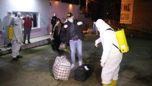 Ukrayna'dan getirilen 1'i bebek 180 Türk vatandaşı Rize'de karantinaya alındı