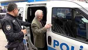 Yasağı ihlal eden yaşlı vatandaş, evine dolmuşla dönmek istedi