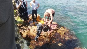 2 gündür kayıp olan adamın cesedi, denizde taş dolu çantaya zincirli halde bulundu