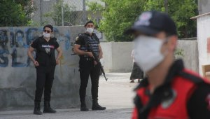 400 polisle mahalleye uyuşturucu ablukası