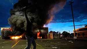 ABD polisi, protestocularla baş edemeyince Amerikan ordusu devreye girdi