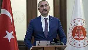 """Adalet Bakanı Gül: """"Bayramdan sonra tüm uygulamalar yumuşatılacaktır"""""""