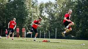 Alman ekibi Köln'de 3 futbolcunun koronavirüs testi pozitif çıktı
