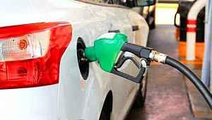 Araç sahiplerine kötü haber... Benzine bir zam daha geliyor