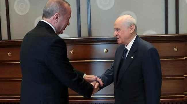 Bahçeli'nin önerisine AK Parti'den yeşil ışık... Babacan ve Davutoğlu'nu seçim dışında tutacak 2 formül