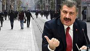 Bakan Koca'nın açıklaması sonrası Taksim Meydanı ve İstiklal Caddesi'nde maske ve mesafe zorunluluğu getirildi