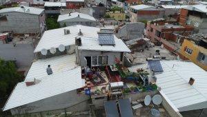 Bayramda evde kalan çocuklar teraslarından uçurtma uçurdu - Bursa haberleri